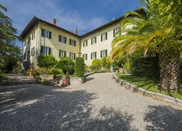 Thumbnail 6 bed town house for sale in Via di Aquilea, 55100 Lucca Lu, Italy