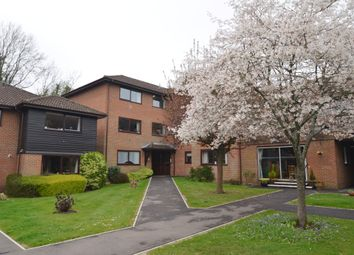 2 bed flat for sale in Heathside Court, Tadworth KT20