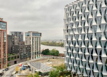 1 bed flat to rent in Legacy Building, Viaduct Gardens, Nine Elms SW11