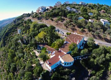 Thumbnail 8 bed finca for sale in Casares, Malaga, Spain