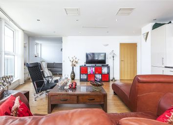 3 bed property for sale in 2 Albert Basin Way, London E16