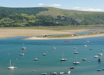 Thumbnail 5 bed town house for sale in Seaview Terrace, Dinas Oleu Road, Barmouth, Gwynedd