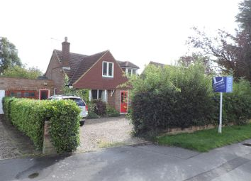 Thumbnail 3 bed bungalow to rent in Earl Howe Road, Holmer Green, High Wycombe