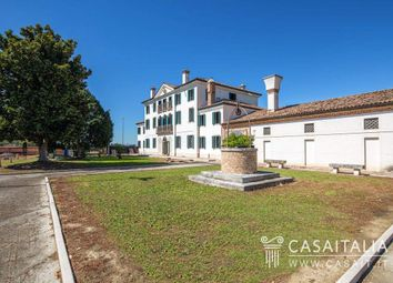 Thumbnail Villa for sale in Via Roma, 312, 45034 Canaro Ro, Italy