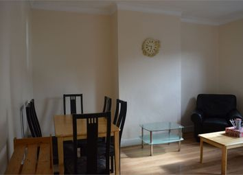 Thumbnail 2 bed flat to rent in Thornbury Road, Isleworth, Middlesex