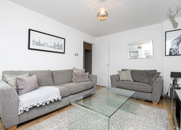 2 bed maisonette for sale in Westfield Park Drive, Woodford Green IG8
