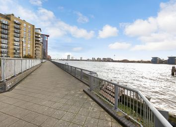 Thumbnail 3 bed flat to rent in Edison Building, Millennium Harbour, Canary Wharf