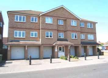 Thumbnail 1 bed flat to rent in Hassenbrook Road, Corringham, Stanford-Le-Hope