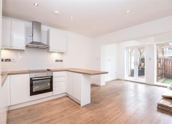 Thumbnail 2 bed flat to rent in Farm Avenue, London