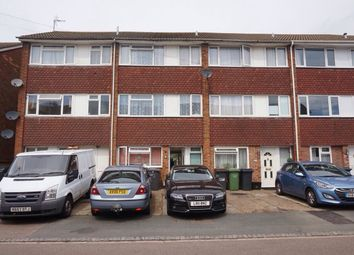Thumbnail 4 bed town house for sale in Chertsey Close, Luton