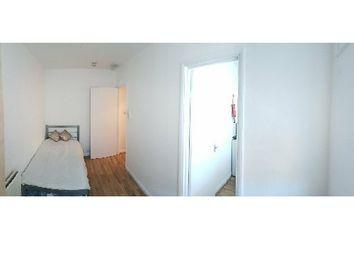 Thumbnail Studio to rent in Tower Bridge Road, Borough, London