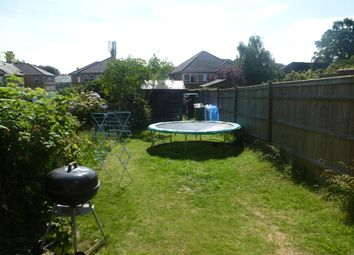 Thumbnail 2 bed property for sale in Silverdale Road, Tunbridge Wells