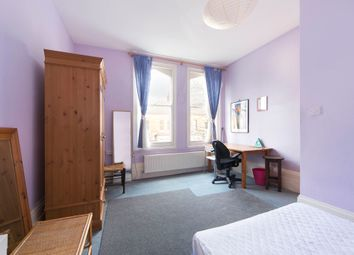 Thumbnail Flat to rent in Finsbury Park Road, Finsbury Park