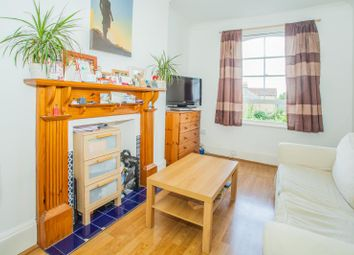 Thumbnail 1 bed flat to rent in Spencer Road, Acton, London