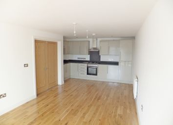 Thumbnail 2 bedroom flat to rent in Polo Court Swan Street, Petersfield