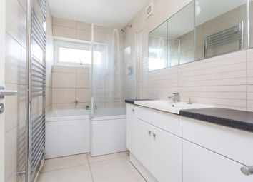 Thumbnail 2 bed flat to rent in Rounton Road, London