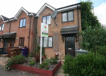 Thumbnail 3 bedroom property to rent in Talisman Street, Hitchin