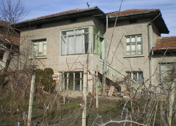 Thumbnail 5 bed country house for sale in Village Of Piperkovo, Close To River, Rousse District
