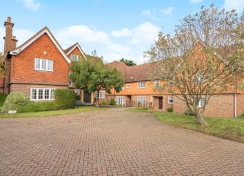 Thumbnail 2 bed flat to rent in Marsham Lane, Gerrards Cross