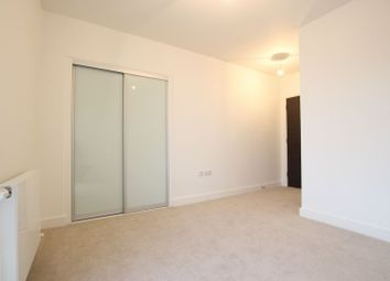Thumbnail 1 bed property to rent in New Village Avenue, London