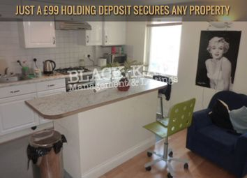 Thumbnail 3 bedroom flat to rent in King's Cross Road, London