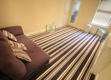 1 bed flat to rent in Frederick Street, Luton LU2