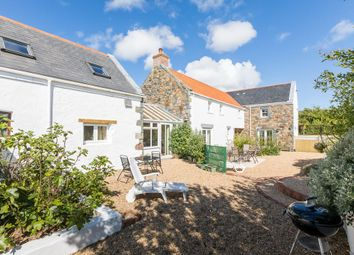 Thumbnail 1 bed maisonette to rent in Le Petit Manoir, Torteval, Guernsey