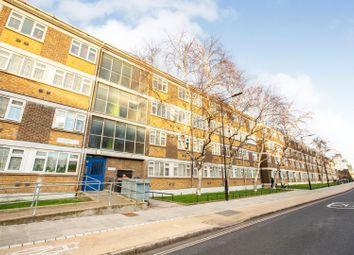 Wick Road, Hackney E9. 3 bed flat
