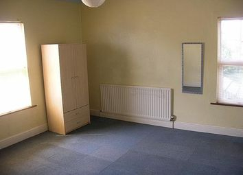 Thumbnail 4 bed flat to rent in Spenser Road, Bedford