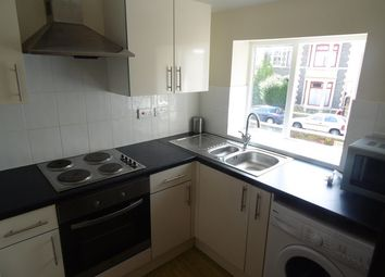 Thumbnail 2 bedroom flat to rent in Albany Road, Roath, Cardiff