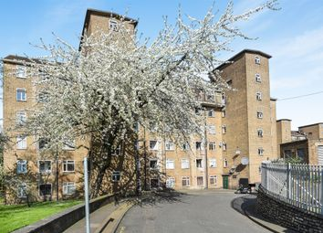 Thumbnail 2 bed flat for sale in Clapham Road Estate, Clapham, London
