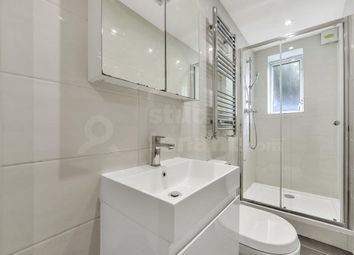 Thumbnail 5 bed flat to rent in Oak Hill Grove, Surbiton, Greater London