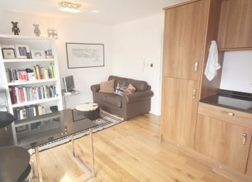 Thumbnail 1 bed terraced house to rent in St. Pauls Road, London