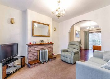Thumbnail Flat for sale in Quemerford Road, Islington