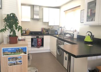 Thumbnail 2 bed flat to rent in Marine Drive, Rottingdean, Brighton