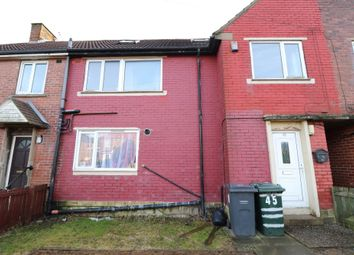 Thumbnail 3 bed flat to rent in Reevy Crescent, Buttershaw, Bradford
