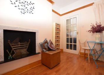 Thumbnail 1 bedroom flat to rent in Warwick Place, Summer Road, Thames Ditton