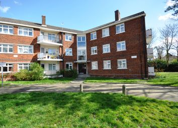 3 bed flat for sale in Hermitage Walk, London E18