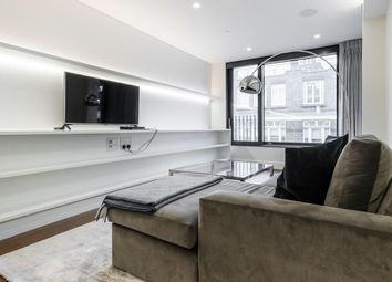 Thumbnail Studio to rent in Rathbone Place, London