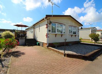 2 bed mobile/park home for sale in Kings Park, Creek Road, Canvey Island SS8