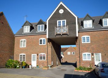Thumbnail 1 bed flat to rent in Frankland Terrace, Emsworth