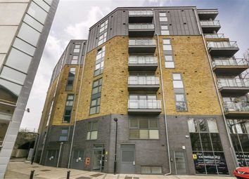 Thumbnail 2 bed flat for sale in Borough Road, London