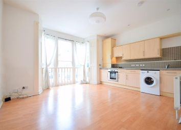 Thumbnail 2 bed flat to rent in Evering Road, London