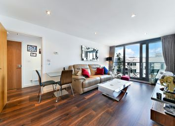 Thumbnail 1 bedroom flat for sale in Neutron Tower, Blackwall Way, Canary Wharf
