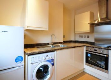 Thumbnail 1 bed flat to rent in Longs Way, Wokingham