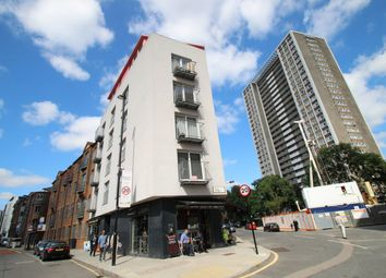 Thumbnail 2 bedroom flat to rent in 14, Goswell Road, Clerkenwell