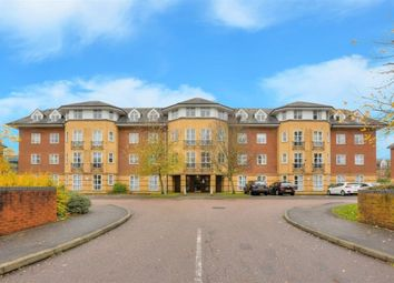 Thumbnail 2 bed flat to rent in Cheltenham Court, St Albans, Herts