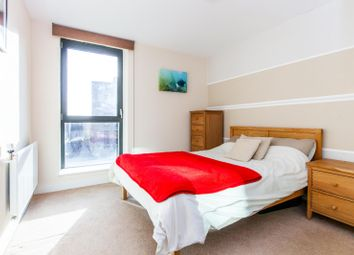 1 bed flat to rent in Connaught Heights 2 Agnes George Walk, London E16