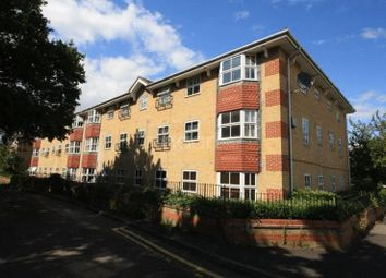 Thumbnail 2 bed flat for sale in Wayletts, Leigh-On-Sea