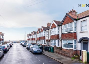 Thumbnail 2 bedroom flat for sale in St. Leonards Avenue, Hove